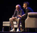 Stan Lee and Chris Hardwick (photo: Jeff Lewis)